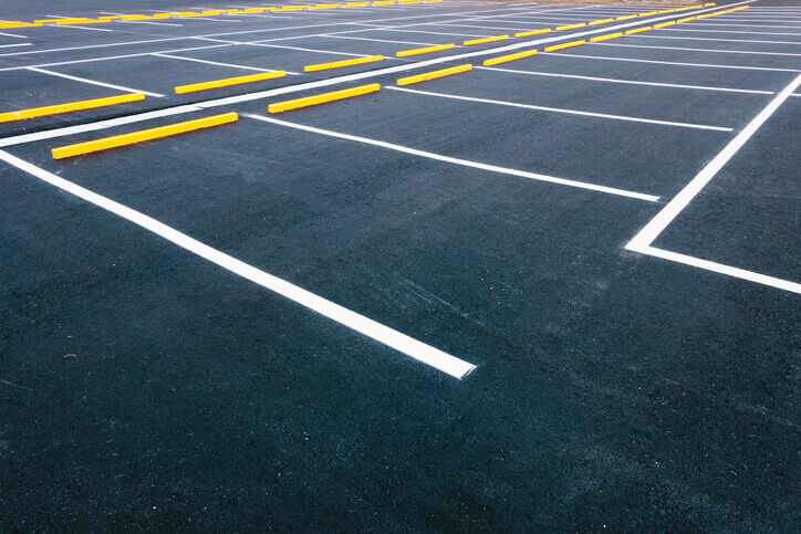 commercial parking lot striping services willow grove pa